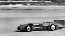 1933 a Bluebird Daytona Beach homokján