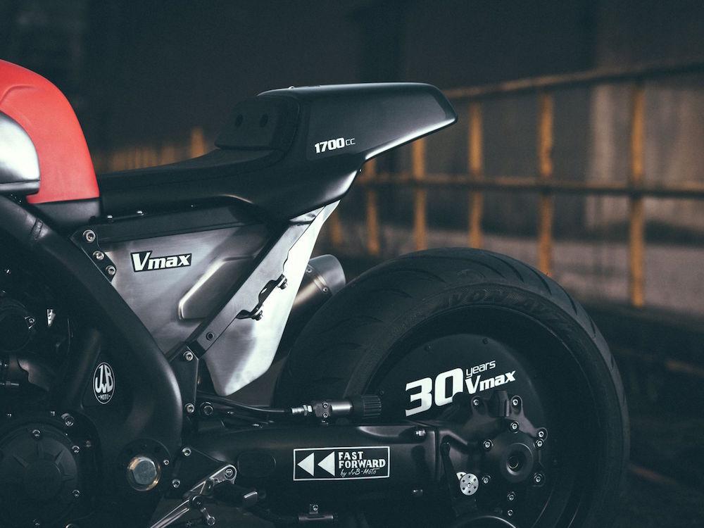 Yamaha VMAX Infrared by JvB Moto