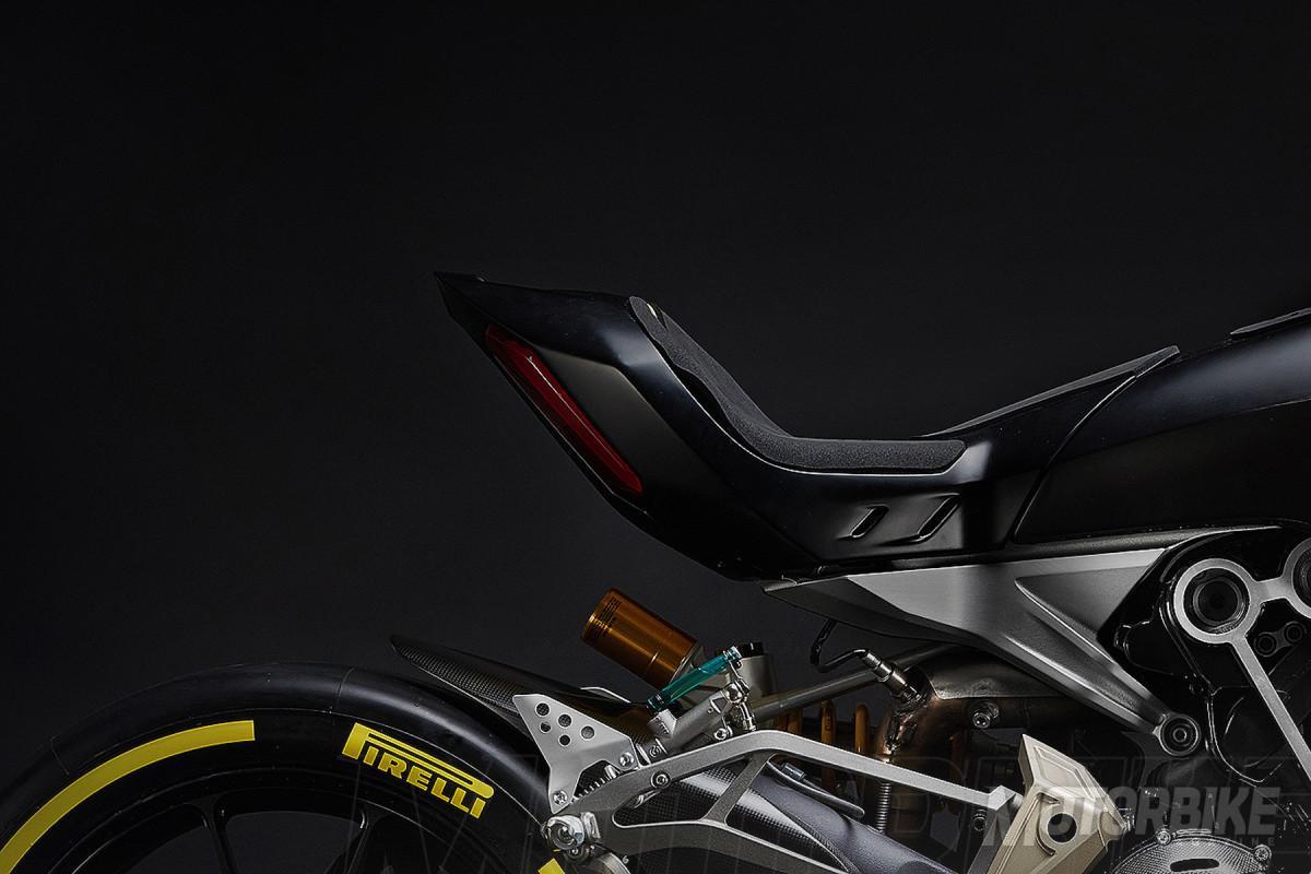 Ducati Xdiavel draXter