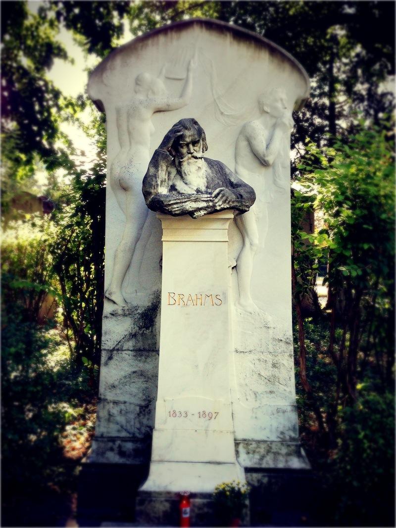 Brahms síremléke.