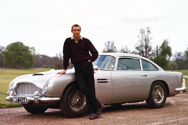 Ő Mr. Aston Martin, a 007-es hű társa, immár majd fél évszázada.