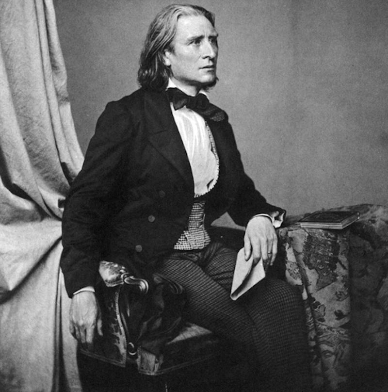 Liszt európai zenetörténelmet ír