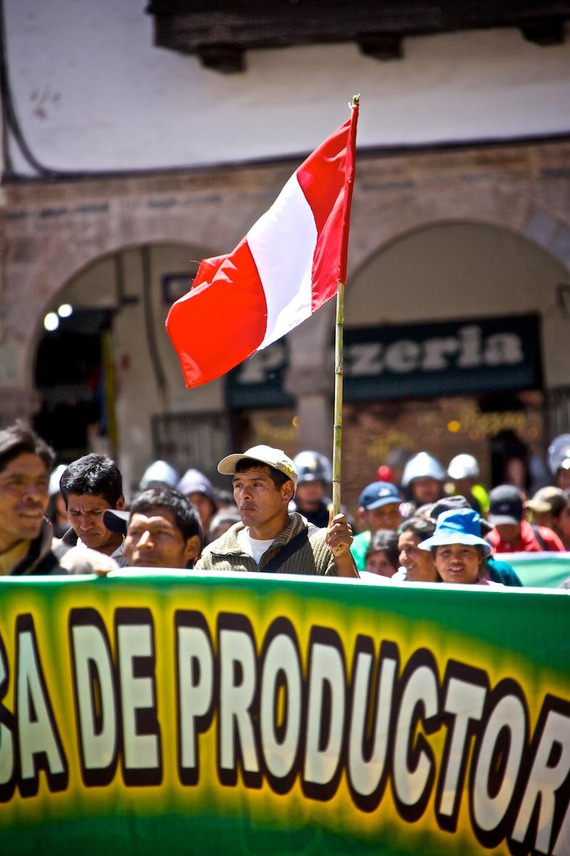 A tüntetők.