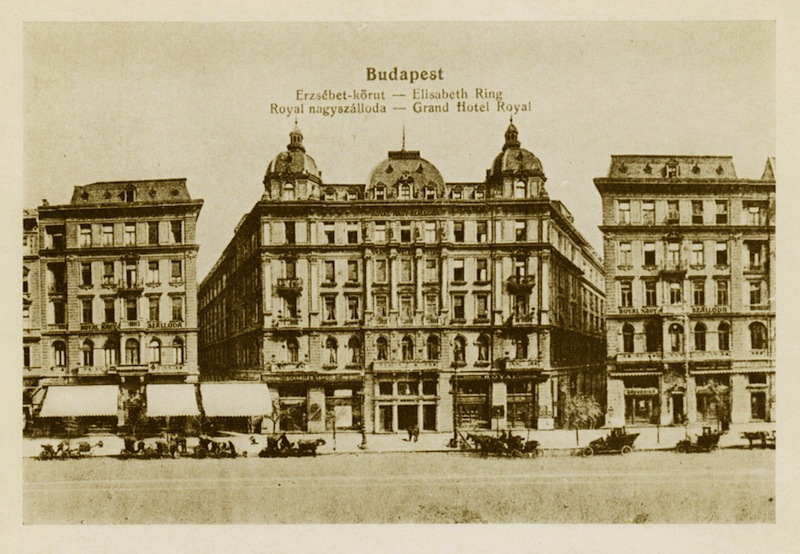 Royal Nagyszálloda - Díszterme, Budapest első mozipalotája, a Royal Apolló
