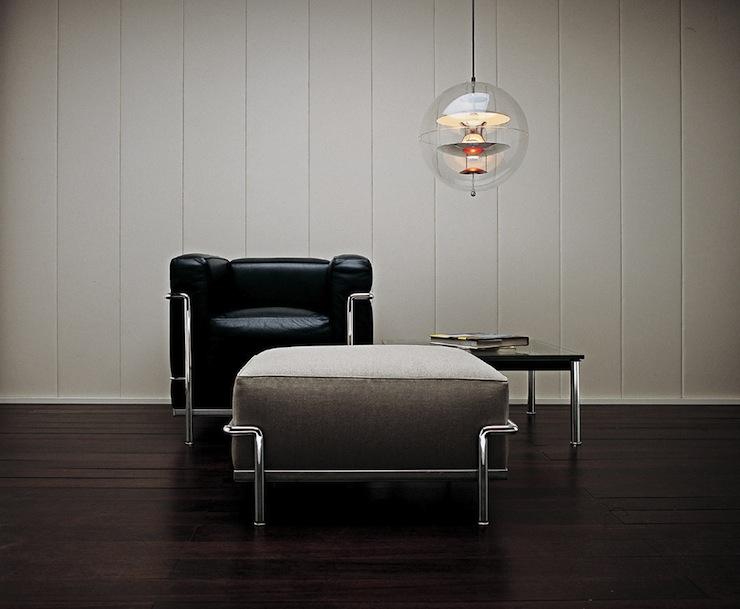 Anyád - gondolta a Corbusier fotel