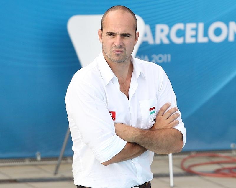Benedek Tibor - régen láttam magyar sportvezetőt ilyen stílusosan megjelenni
