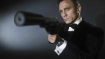 Sokak számára a szmoking viselése szinte összeforrt James Bond alakjával